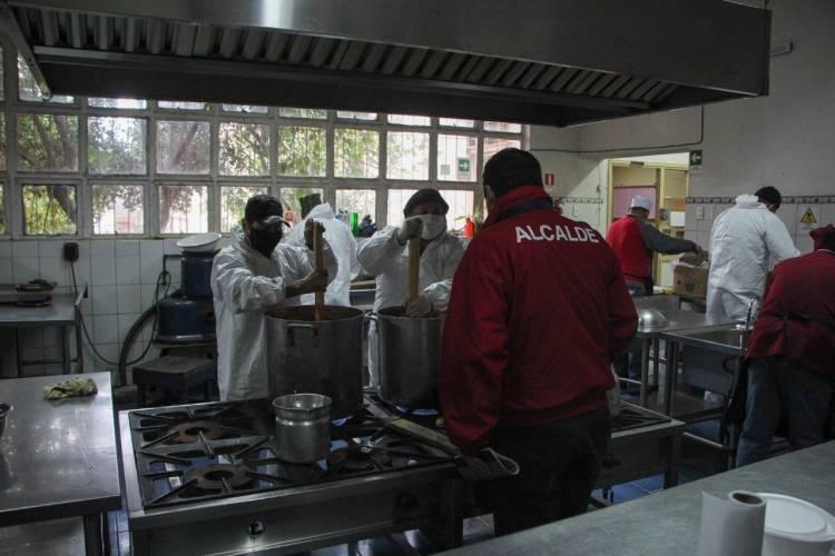"Municipio amplía programa ""Mil alimentos para Linares"""