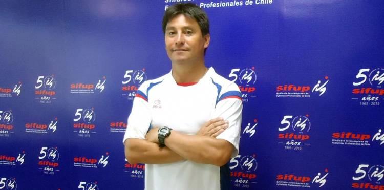 """Jugadores del """"Depo"""" desmienten acusaciones contra entrenador Luis Pérez y le entregan todo su apoyo"""