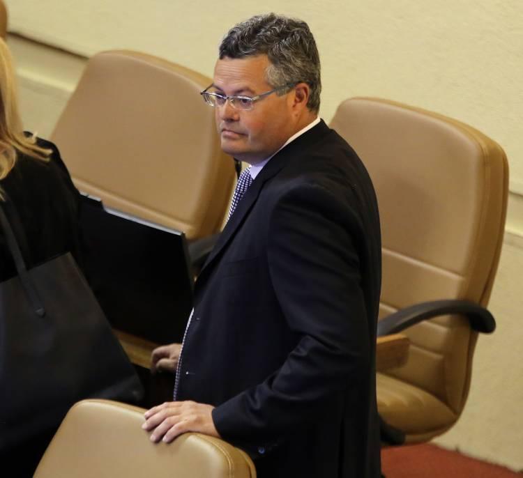 Diputado Rentería valoró aprobación de nuevo bono clase media y préstamo solidario